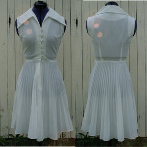Vintage 60's tennis day dress pleated wide collar